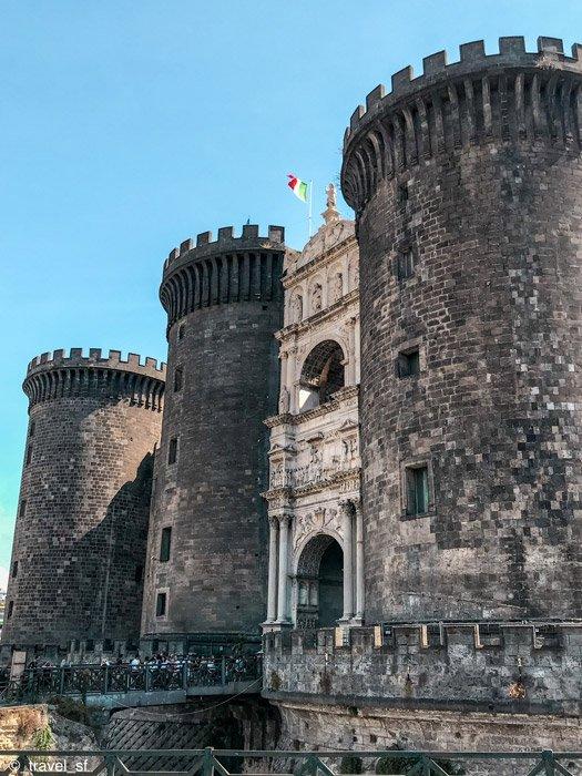 Cosa vedere a Napoli - Maschio Angioino